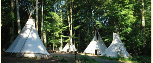Tipis im Outdoorzentrum